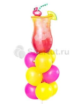 Композиция из шаров с коктейлем