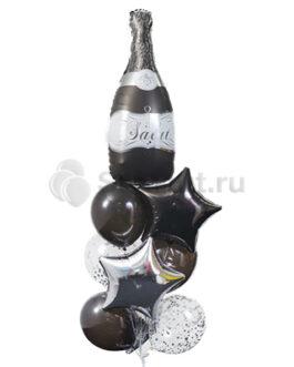 Композиция из шаров с бутылкой вина
