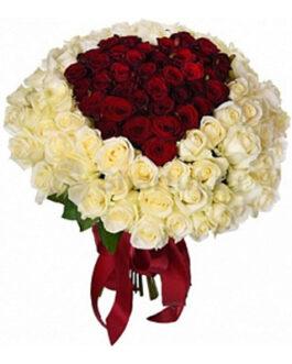 101 красная и белая роза с сердцем внутри 60см