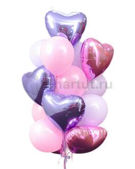 Композиция из шаров с сердцами