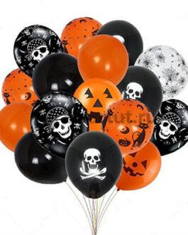 Облако черно-оранжевых шаров с черепами на хэллоуин