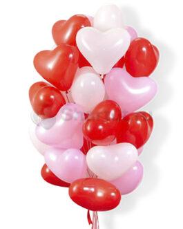 Облако бело-розовых и красных шаров сердец 25 шт