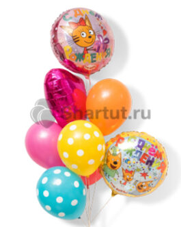 Композиция шаров из круглых шаров и сердца