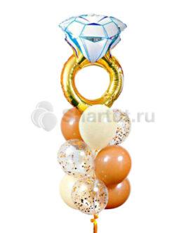 Композиция из шаров с кольцом